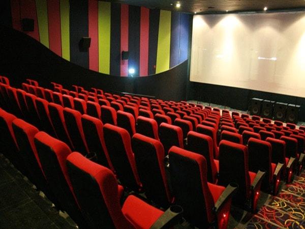 Cách chọn màu ghế phù hợp với thiết kế nội thất rạp chiếu phim