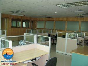 Vách ngăn văn phòng là gì? các loại vách ngăn phổ biến trong văn phòng