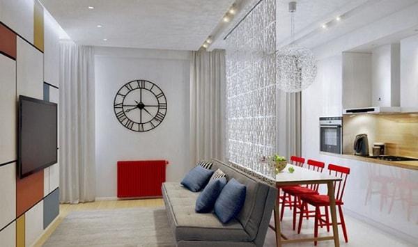 Vách ngăn bằng kính phân cách phòng khách và bếp