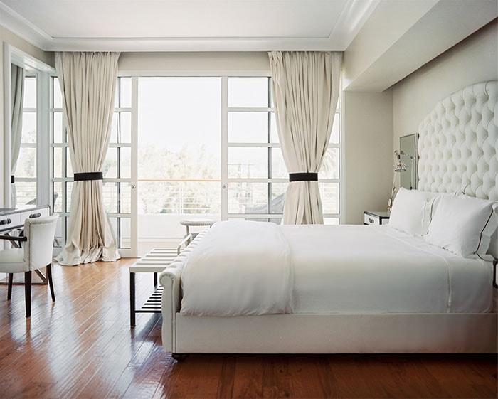Phòng ngủ màu trắng rất hợp với người tuổi Giáp Tý 1984