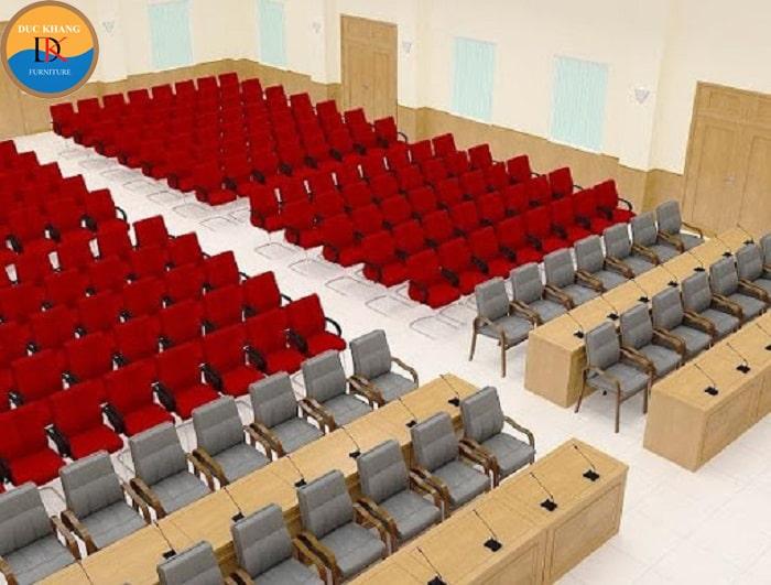 Hội trường thứ 2 sử dụng ghế hội trường nhập khẩu màu đỏ